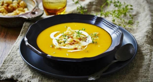 Recept za juhu od buče koja uz tri dodatka može zamijeniti i ručak