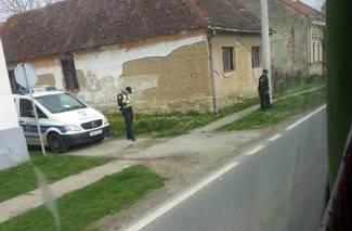 Ovako zaustavlja policija u Požeštini: ¨Sakrio se iza bandere, ne nosi reflektirajući prsluk...¨