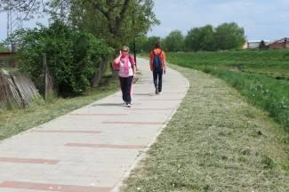 Trava uz šetnicu: ¨Kosimo triput godišnje: u svibnju, srpnju i rujnu¨