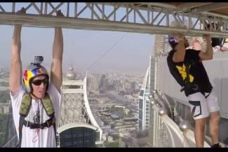 Za neke san, za druge noćna mora: Pogledajte skok s najvišeg nebodera u Dubaiju (video)