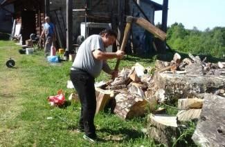 Pakrački planinari uredili radionicu i okoliš planinarskog doma (foto)