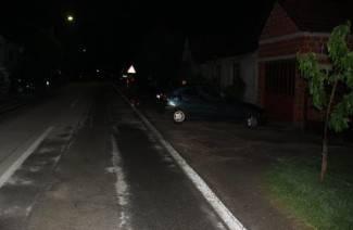 U sudaru dvaju automobila stradala obiteljska kuća