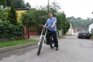 Grga izrađuje električne bicikle: Idu do 70 na sat i troše 2 kn na 100 km (video)