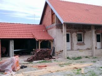 Sanirano krovište na mjesnom domu; do kraja godine uredit će fasadu i dječje igralište