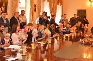 Roditelji dočekali: Prijem za bebe u Gradu Požegi je 14. rujna