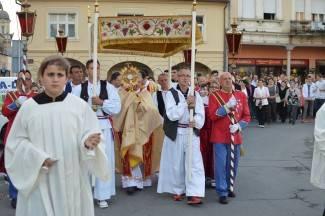 Tijelovo u Požegi: Sveta misa i procesija