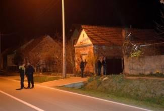 Rastrojeni napadač u Sulkovcima ispalio 49 metaka na policajce