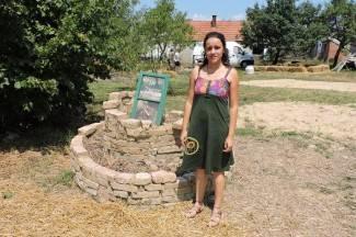 Prave iglue i skulpture od slame, a goste dočekuju s eko hranom i kozmetikom