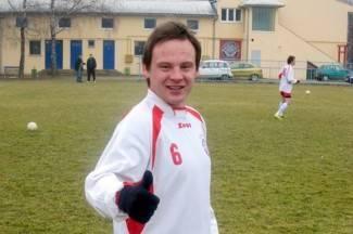 Bivši nogometaš Požege izboden nožem, policija privela dvojicu osumnjičenih