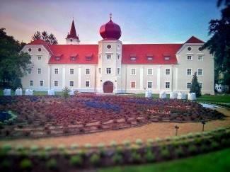 Kutjevački dvorac zasjao novim sjajem: U uređenje unutrašnjosti uloženo oko 35 mil. kn