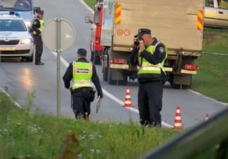 Teška nesreća: Biciklisticu udario autobus, od ozljeda je preminula u bolnici (FOTO)