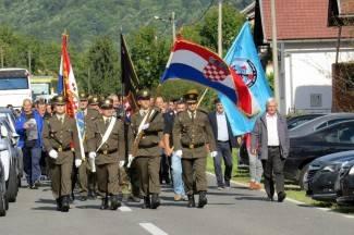 Tomašević : ¨Pokrenite inicijativu da Domovinski rat bude dostojno prikazan u školskim udžbenicima¨