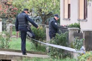 Pucnjava u Novom Štitnjaku: Policija u pancirkama ušla u kuću (FOTO)