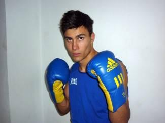 Mihael Jugović pobijedio iskusnog talijanskog boksača