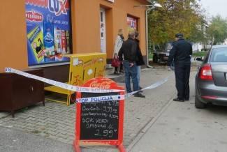 U pol bijela dana uletio u prodavaonicu: Prijetio je nožem i tražio novac