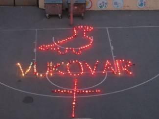 Djeca Kanižlićeve škole: ¨Ovo je poruka mira za nove generacije¨ (FOTO)