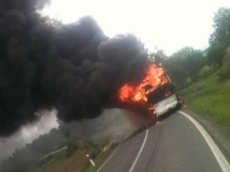 Zapalio se školski autobus; djeca uspjela izići na vrijeme