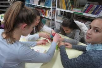 Igrajući se, učenici Kanižlićeve, razvijali didaktičke vještine