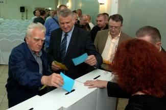 Županijski HDZ podupire Tomislava Karamarka
