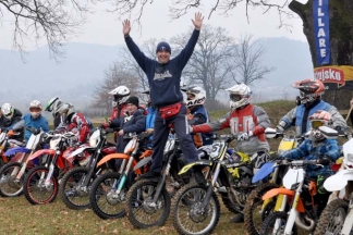 Novogodišnji motocross: ¨Orilo, gorilo, padalo, sijevalo, mi smo 1. siječnja tu¨ (FOTO)