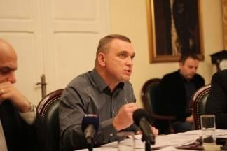 Neferović krivi Dumančića što su HR šume bile bez struje; on kaže: Bio je kvar; HEP: Isključili smo ih