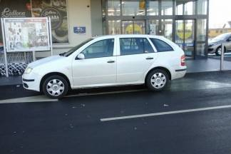 Neki misle da je najbolje parkirati točno pred ulaz...
