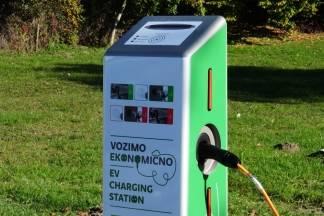 Ravnateljica PP Papuk: ¨Punjenje baterije automobila košta nas 7 kuna, a prijeđemo 160 kilometara¨