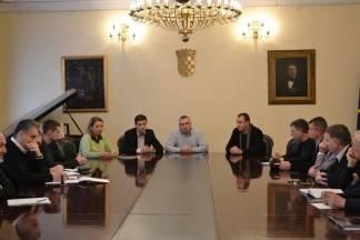 Gradonačelnik i poduzetnici raspravljali o izmjenama GUP-a i izgradnji poslovnog inkubatora