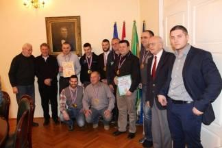 Moto klub Požega Promet prvak Hrvatske i osvajač kupa, primili pehare i medalje