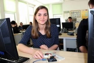 Nova znanja: Gimnazijalci sada računala spajaju s fizičkim svijetom u internet stvari