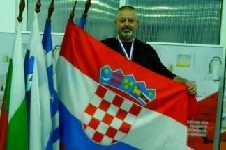 Damir Ludvig balkanski veteranski prvak u bacanju diska