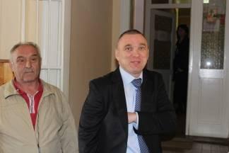 Neferović: ¨Vidite kako radi Ured državne uprave kad novinari moraju čekati u hodniku¨