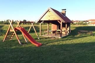 PUMA i udruga Slagalica obnovili dječje igralište na Sajmištu