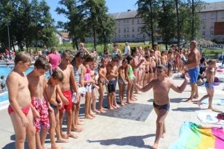 Upisi u školu plivanja na Gradskim bazenima u Požegi od 01.srpnja