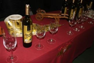 KUTJEVO: Tradicionalno punjenje festivalskog vina