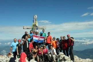 Požeški planinari osvojili Mangart, vrh u Juliskim Alpama