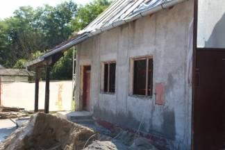 Rekonstrukcija Društvenog doma u Ivandolu i uređenje osnovnih škola