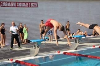 Otvoreno prvenstvo u plivanju za učenike na Gradskom bazenu Požega:15.9.2016.