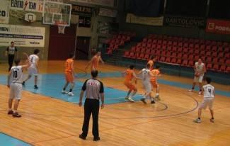 Plamene pobijedile Koprivnicu, Englman nezadovoljan igrom. Košarkaši izgubili