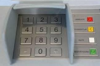 Zaboravila izvaditi karticu iz bankomata pa joj ukrali novce