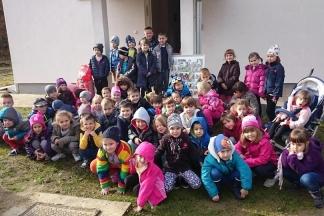 DV ¨Kockica¨ Lipik posjetili napuštene životinje na Bučju