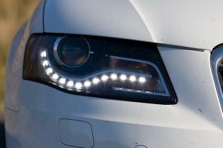 Upalite svjetla na automobilima!
