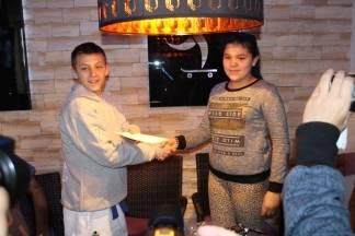 Luka Brus zahvaljujući dobrim ljudima ide na karate natjecanje u Švicarsku