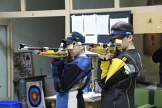 Braća Požega zračnom puškom uspješno brane boje grada Požege