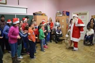 HVIDR-a Požega darivala djecu s posebnim potrebama