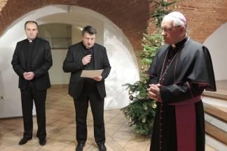 Svećenici čestitali Božić biskupu Antunu Škvorčeviću