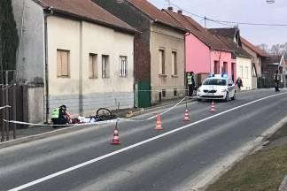 Beživotno tijelo biciklistice pronađeno uz rub kolnika
