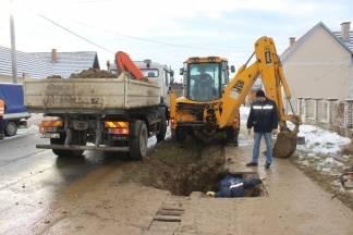 Ulična vodovodna cijev pukla u Mihaljevcima, poslije 12 sati ponovno uključenje
