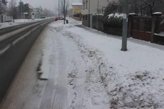 Kroz snijeg u autobus!?