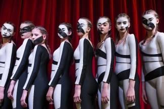 Plesači Ilijane Lončar sudjeluju na svečanom otvorenju 14. Dana plesa u Sl. Brodu